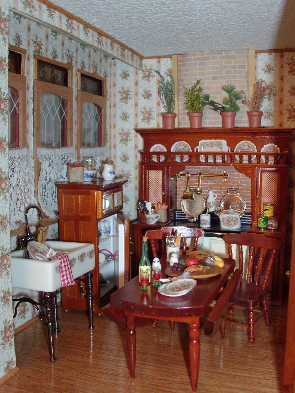 Beacon Hill Dollhouse Interior Page 1