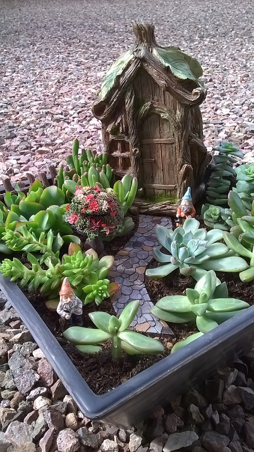 One Of The Things I Love To Do Is Hide Miniatures Within Miniatures. My  Friend Deana Sent Me A Two Tiered Bird Bath That I Filled With Mini Flowers  And ...